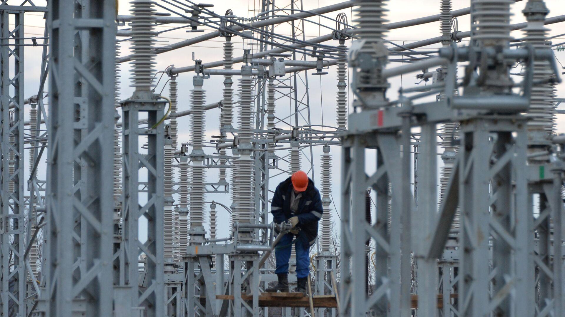 Министр сообщил о повреждении на участке энергомоста в Крым