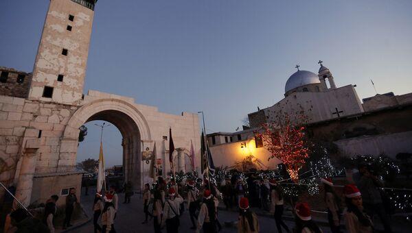 Празднование католического Рождества в Дамаске, Сирия. Архивное фото