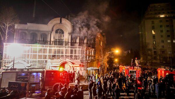 Акции протеста у посольства Саудовской Аравии в Тегеране