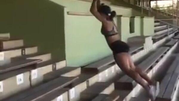 Прыжок олимпийки