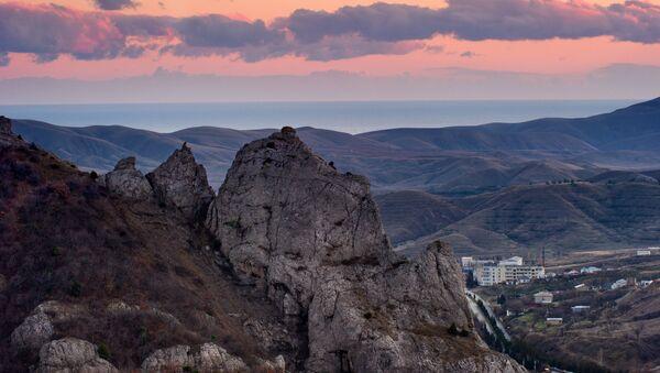 Горы в Крыму. Архивное фото