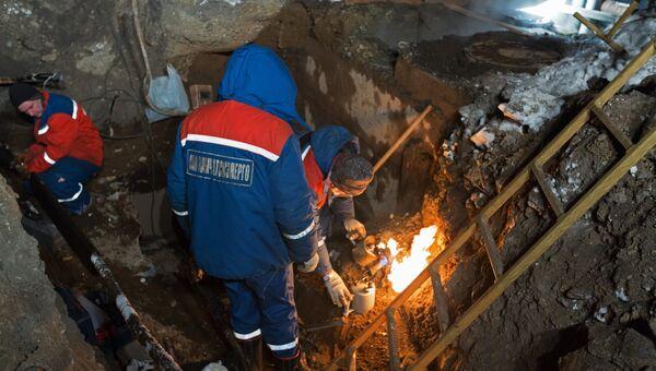 На месте гибели трех школьников у теплотрассы в Петропавловске-Камчатском.