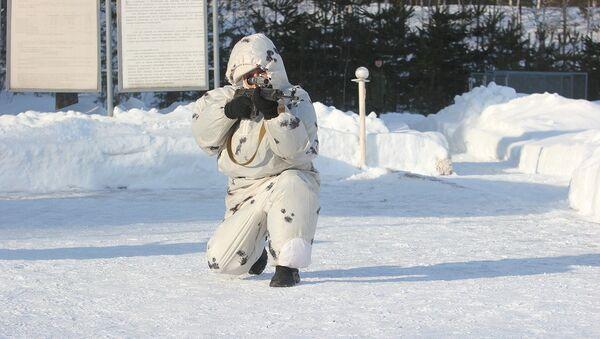 Снайпер Западного военного округа во время учений. Архивное фото