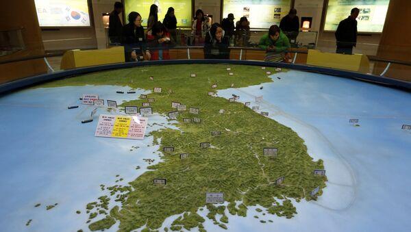 Карта Корейского полуострова. Архивное фото