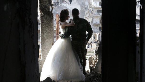 Молодожены в Сирии. Архивное фото
