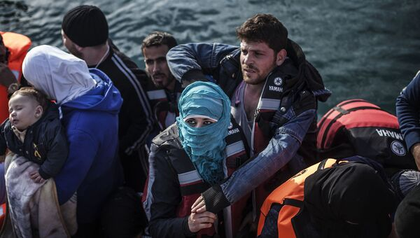 Мигранты на греческом острове Лесбос в Митилене, Греция. 23 февраля 2016