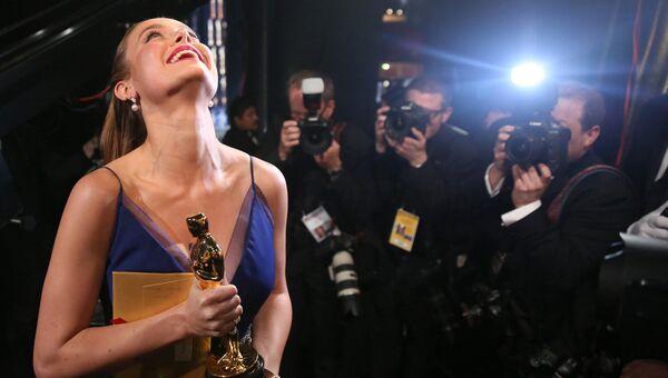 Актриса Бри Ларсон получила премию киноакадемии США Оскар за роль в фильме Комната. Архивное фото