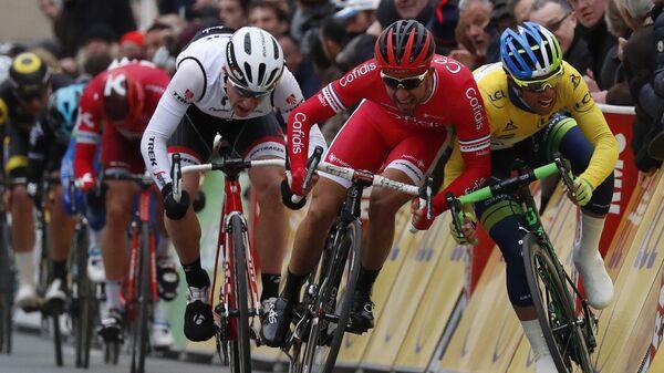 Второй этап французской многодневной велогонки Париж-Ницца