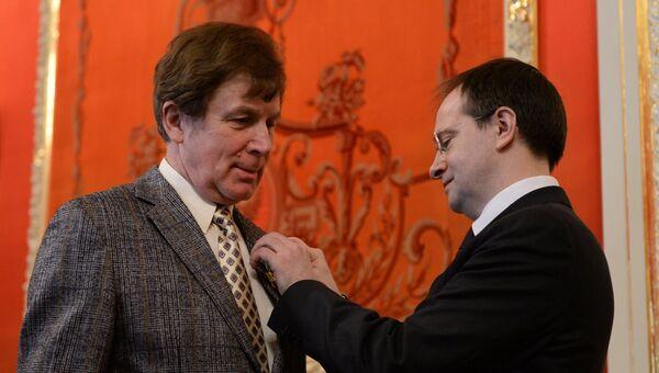 Министр культуры В. Мединский вручил государственные награды деятелям культуры и искусства