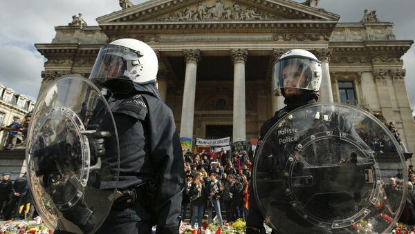 Полиция Брюсселя очистила от манифестантов место памяти жертв терактов. Архивное фото