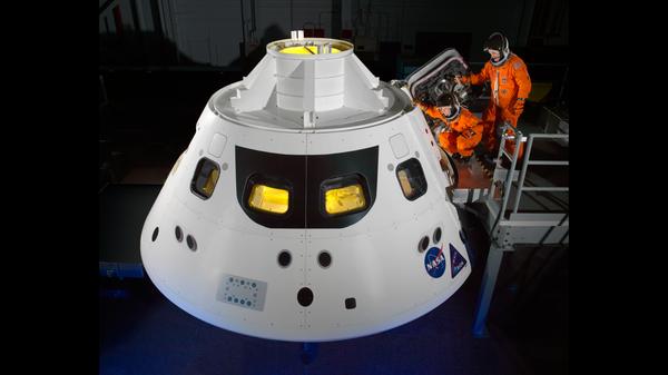 НАСА испытает систему эвакуации пилотируемого корабля Orion