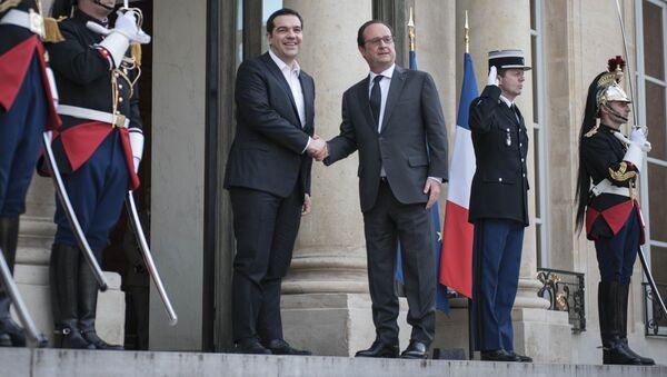 Встреча премьера Греции Алексиса Ципраса с президентом Франции Франсуа Олландом в Париже