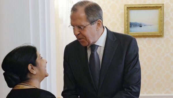 Министр иностранных дел РФ Сергей Лавров и министр иностранных дел Индии Сушма Сварадж. Архивное фото