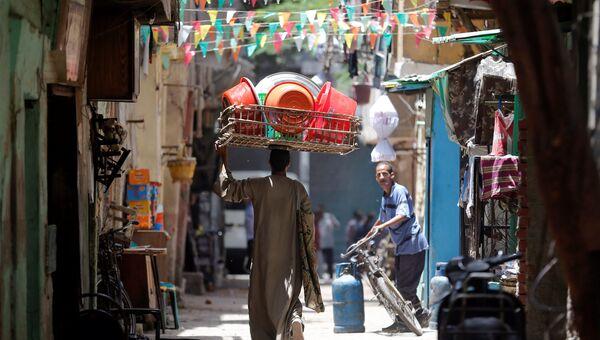 Торговец на улице Старого Каира. Архивное фото