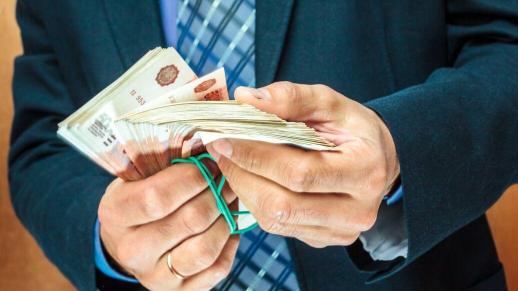 Подпольные ростовщики готовы дать деньги быстро и без.