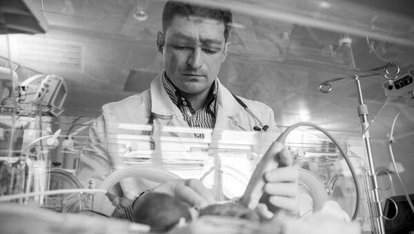 Фотовыставка Профессия - врач проходит в Москве