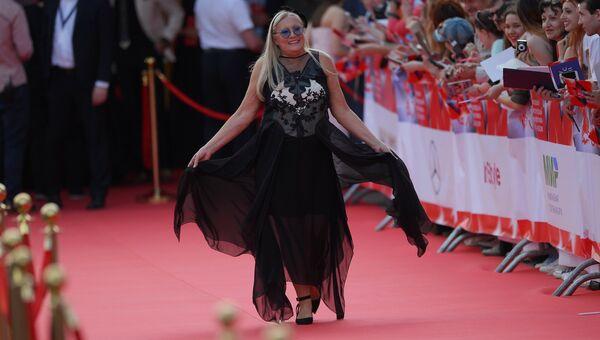 Президент благотворительного фонда Русский Силуэт Татьяна Михалкова на церемонии открытия 38-го Московского международного кинофестиваля в Москве