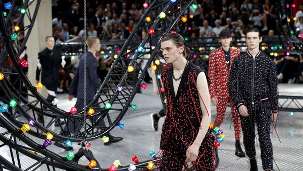 Показ коллекции Dior во время Недели мужской моды в Париже. Архивное фото