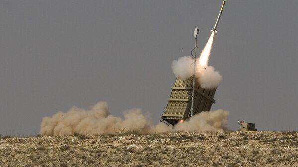 Запуск ракеты израильской системы ПРО Железный купол. Архивное фото