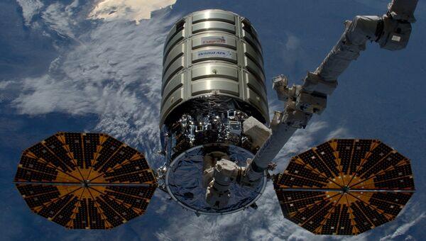 Космический грузовой корабль Cygnus. Архивное фото