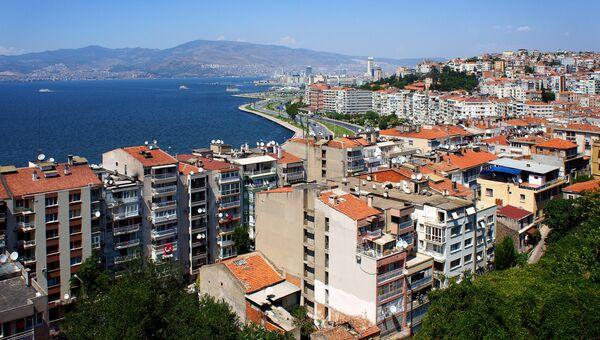 Вид на турецкий город Измир. Архивное фото
