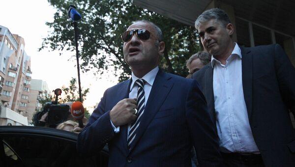 Экс-чиновник правительства Москвы Эраст Матаев, напавший на девушку на ул. Арбат, у здания Пресненского районного суда. Архивное фото