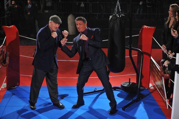 Сильвестр Сталлоне и Роберт Де Ниро на премьере фильма Забойный реванш