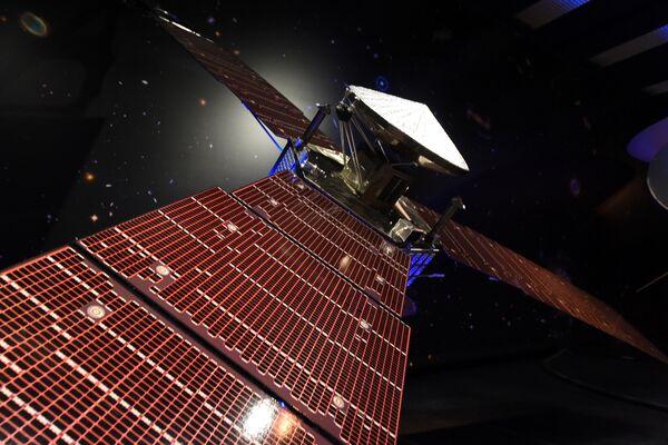 Модель зонда Juno в лаборатории реактивного движения в Пасадене