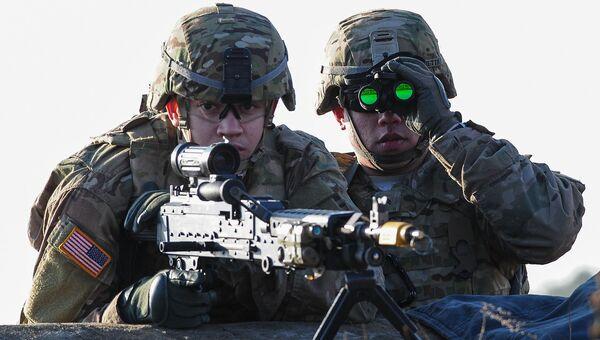 Американские военнослужащие во время учений НАТО. Архивное фото