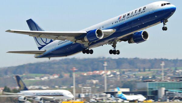 Самолет авиакомпании United Airlines. Архивное фото