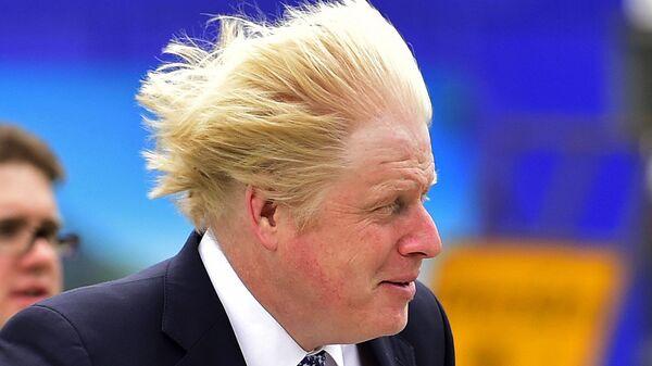 Бывший мэр Лондона Борис Джонсон на предвыборном митинге партии консерваторов. 5 мая 2015