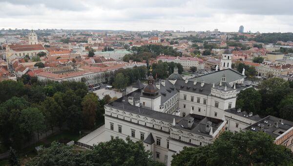 Вид на город с башни Гедиминаса в Вильнюсе. Архивное фото