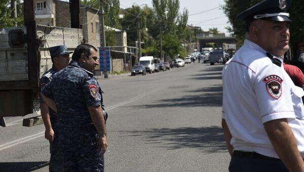 Полицейские в Армении. Архивное фото