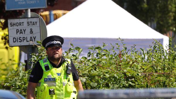 Полицейский на месте перестрелки в Линкольншире, Англия. 19 июля 2016