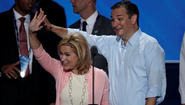 Американский сенатор Тед Круз и его жена Хайди в Кливленде