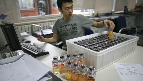 Работа антидопинговой лаборатории в Пекине. Архивное фото