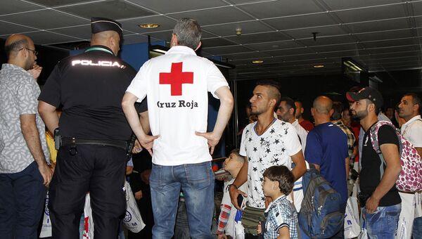 Прибытие сирийских беженцев из Ливана в Испанию. Архивное фото