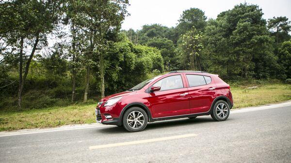 Автомобиль Lifan X50