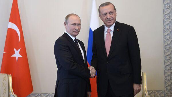 Встреча президентов России и Турции В. Путина и Р. Эрдогана. Архивное фото