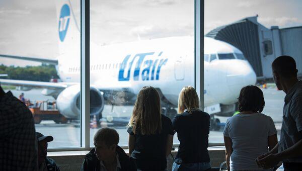 Самолет ЮТэйр. Архивное фото
