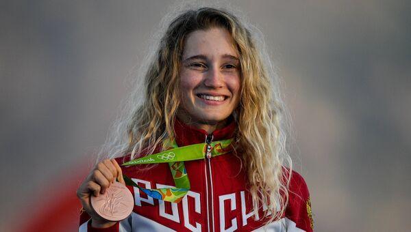 Стефания Елфутина, завоевавшая бронзовую медаль в гонке класса RS:X на XXXI летних Олимпийских играх
