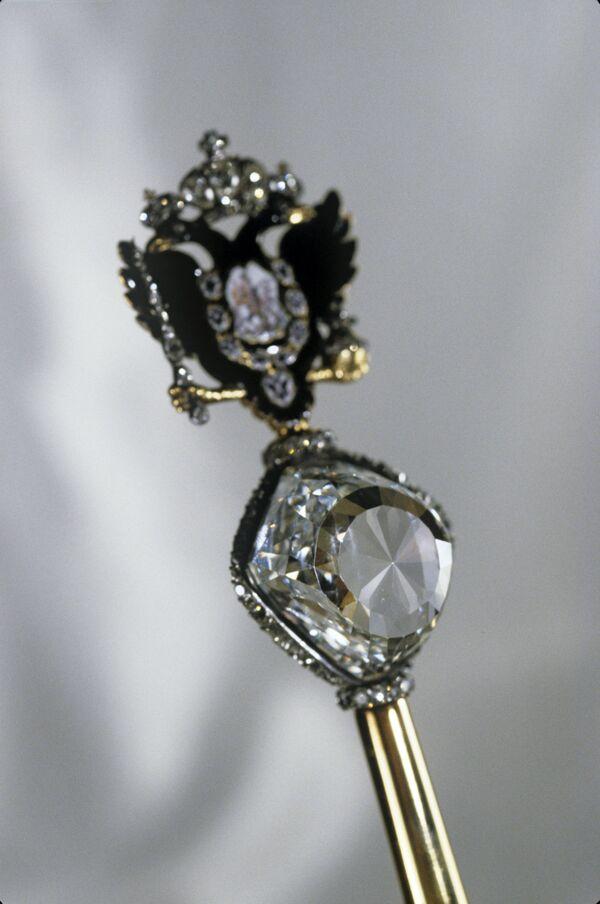 Алмаз Орлов в императорском скипетре, изготовленном в начале 1770-х годов для Екатерины I. Алмазный фонд РФ