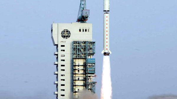 Старт ракеты-носителя Чанчжэн-2D