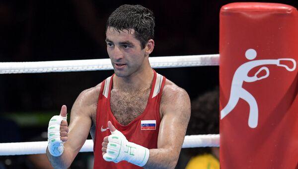 Миша Алоян (Россия) в 1/2 финала соревнований по боксу на XXXI летних Олимпийских играх