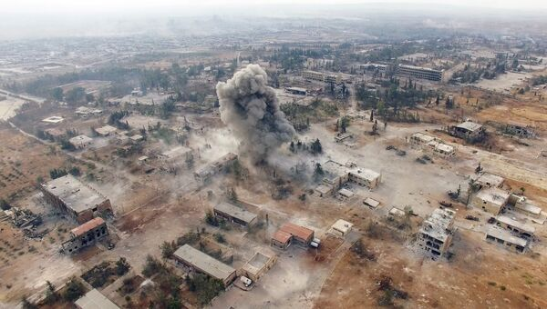 Нанесение авиаударов по террористам на юго-западе Алеппо. Архивное фото