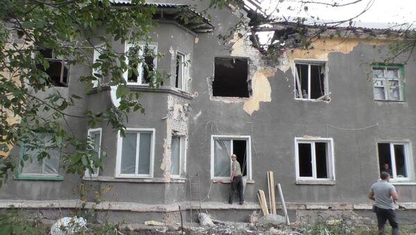 Последствия артобстрела в Горловке. Архивное фото