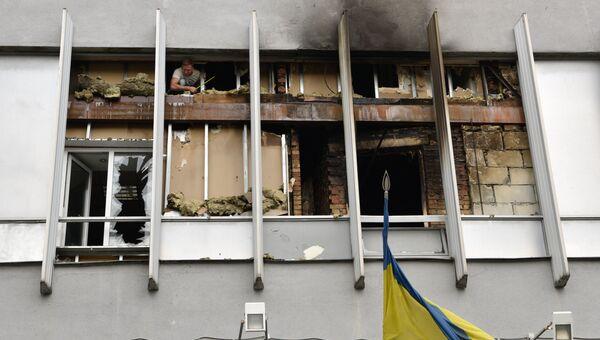 Разрушения в здание украинского телеканала Интер в Киеве. Архивное фото