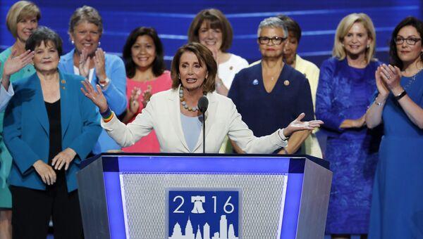 Лидер демократического меньшинства в палате представителей конгресса США Нэнси Пелоси. Архивное фото