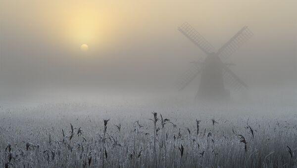 Финалист конкурса Фотограф погодных явлений-2016. Andrew Bailey - Freezing Fog and Hoar Frost
