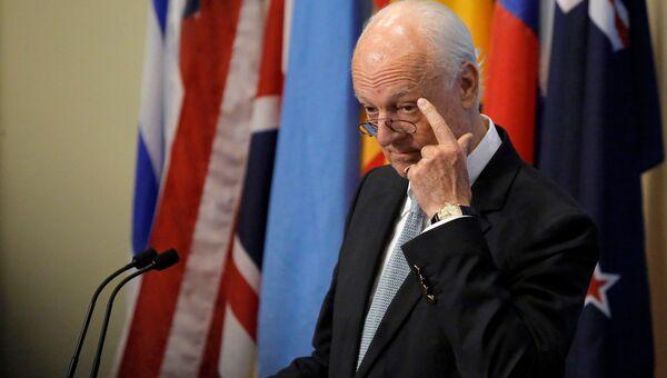 Специальный посланник ООН по Сирии Стаффан де Мистура выступает заседании Совета Безопасности ООН в Нью-Йорке. 25 сентября 2016 года